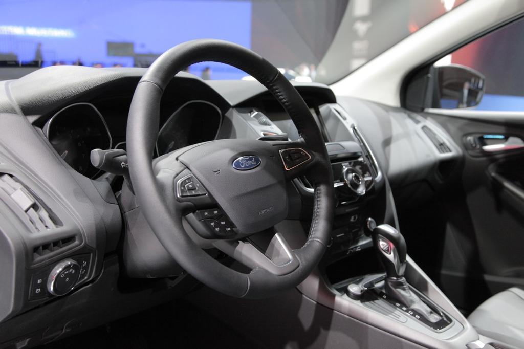 Иск, направленный против Ford для ошибочных передач Powershifts в High Gear