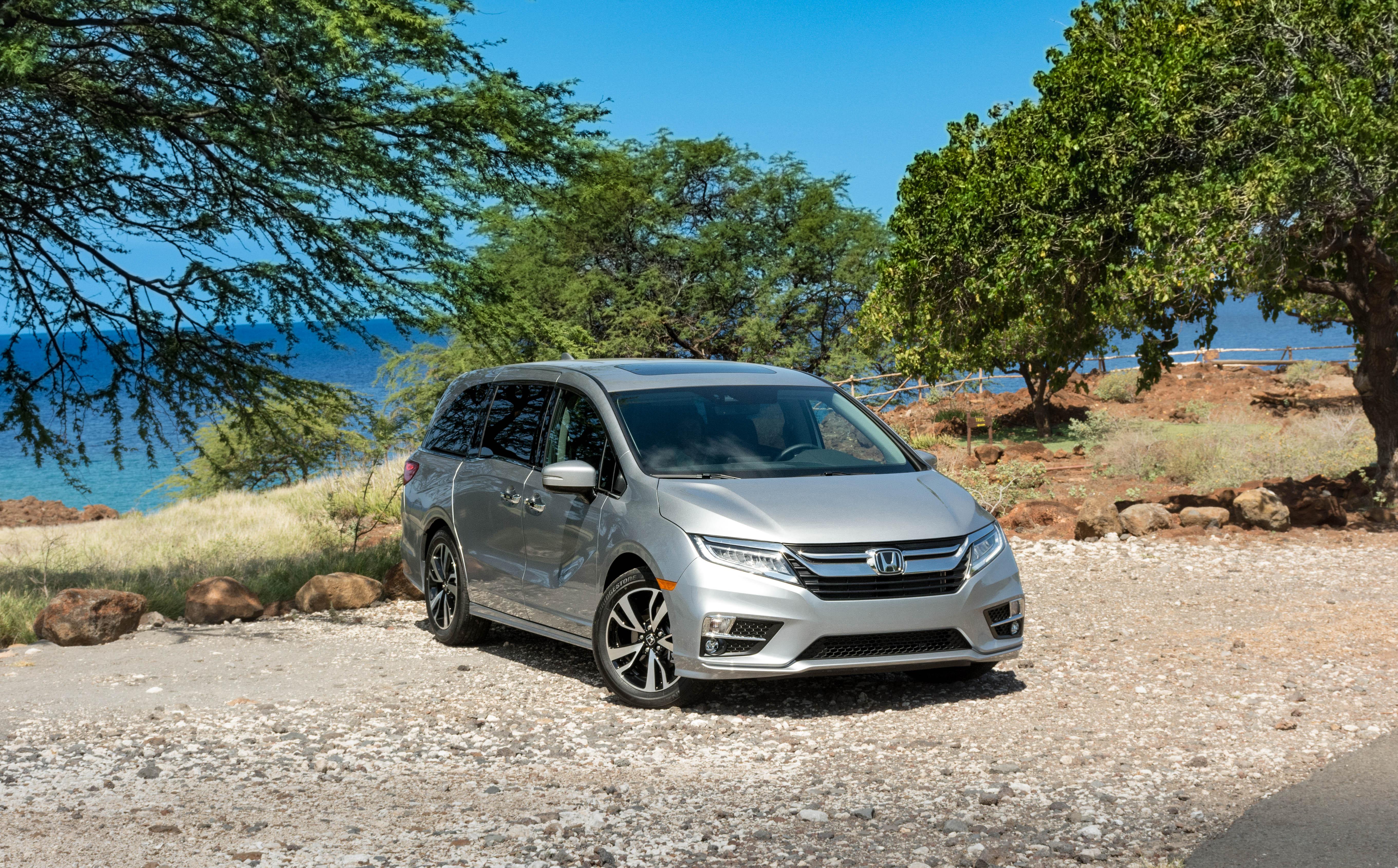 2018 Honda Odyssey Elite First Drive — фургон для водителей
