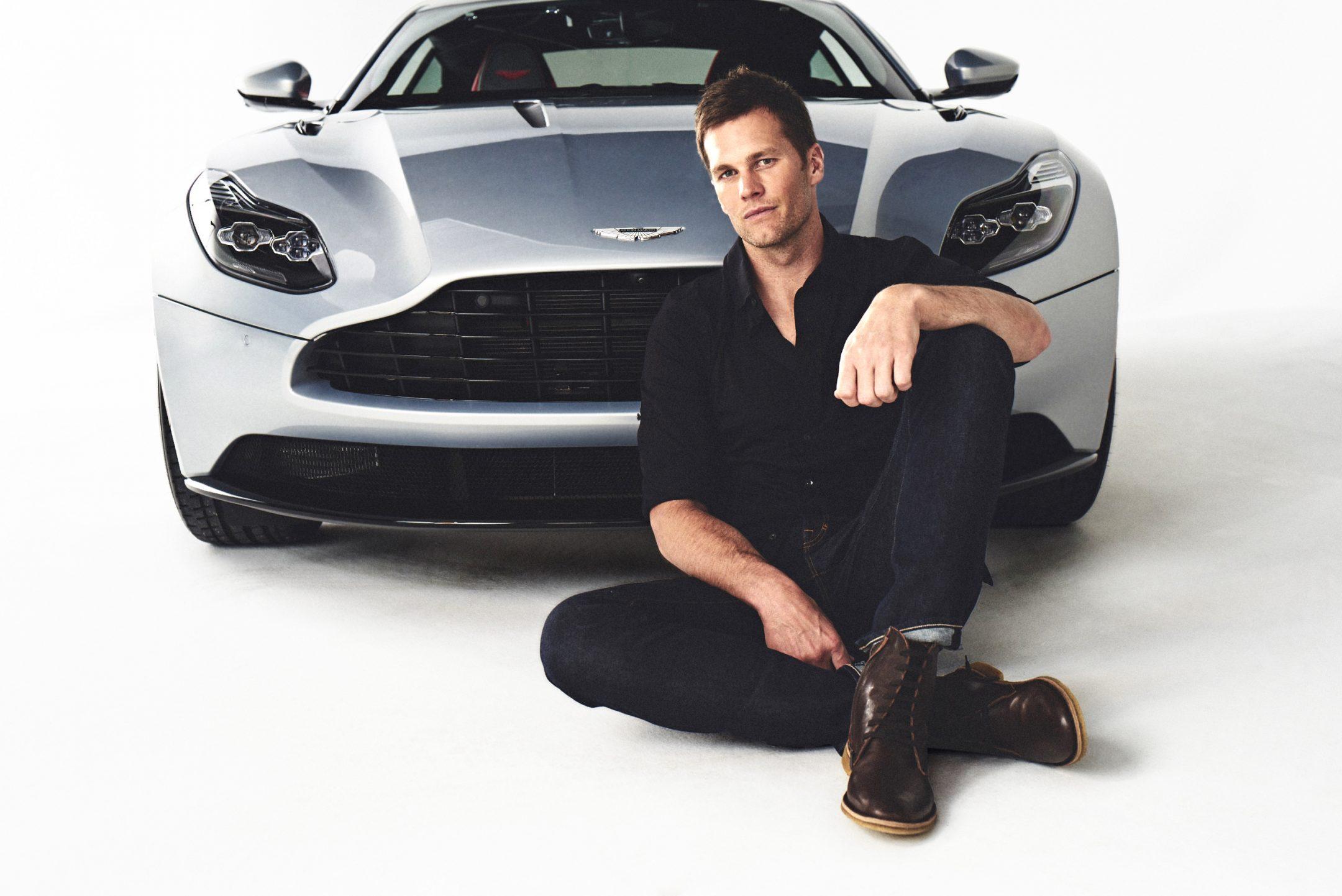 Aston Martin ошибочно выбрасывает Тома Брэди в качестве посла бренда