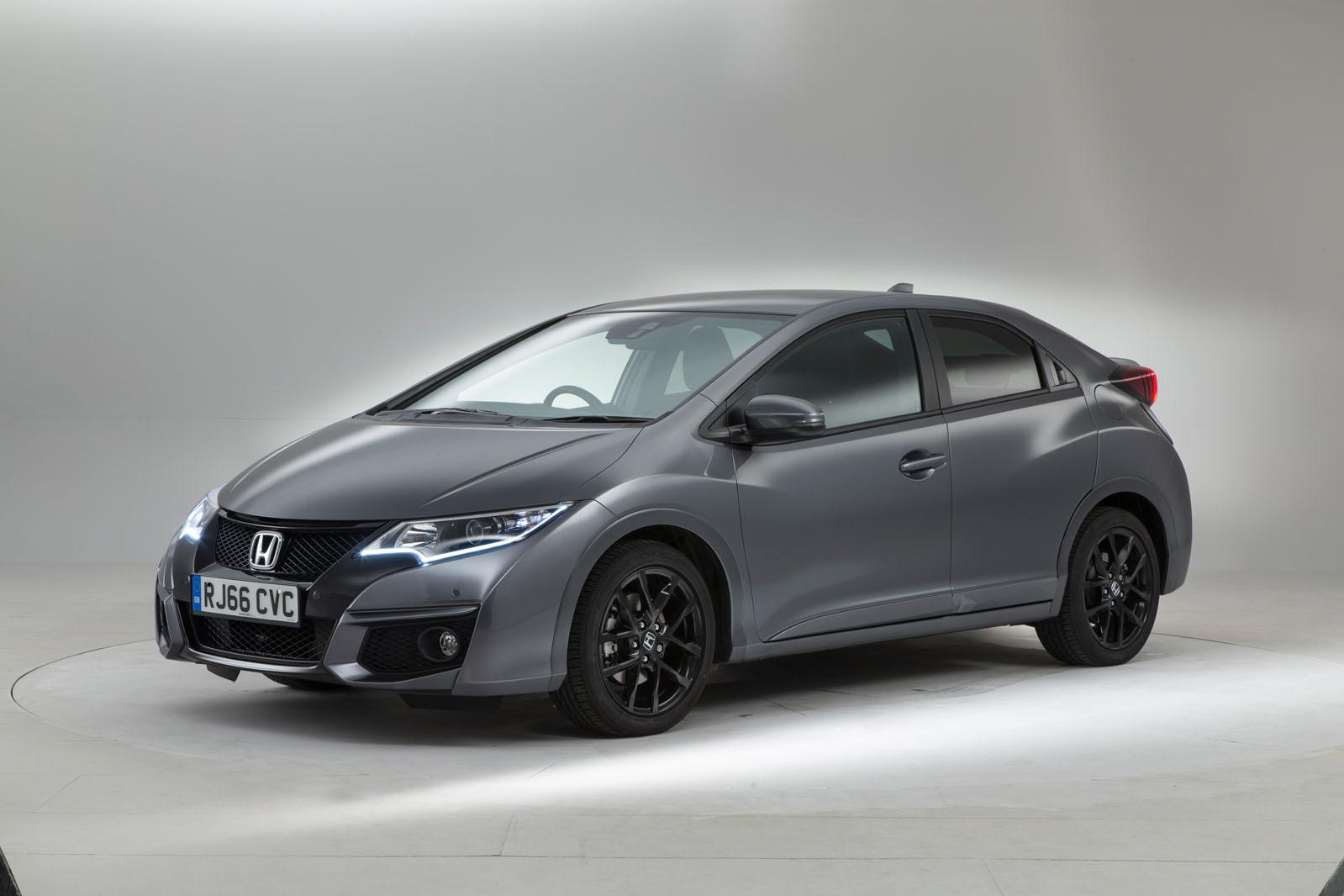 Половина цены героев Подержанные автомобили Покупка руководства Специальные