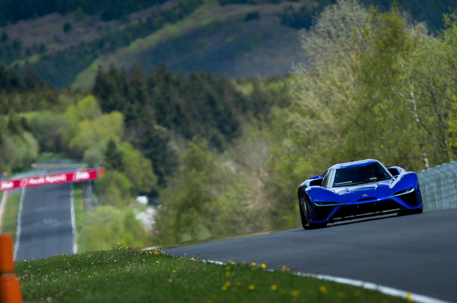 Electric Nio EP9 устанавливает новый рекорд круга Nurburgring: обновляется с помощью видео