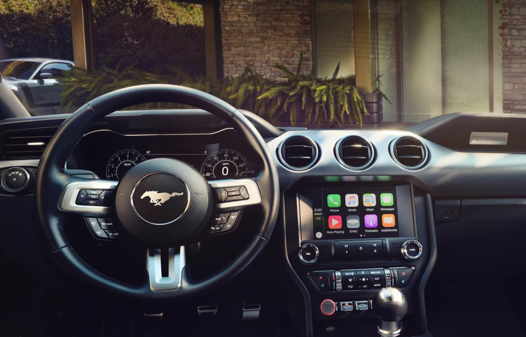 Android Auto, Apple CarPlay для 2016 владельцев Ford, если они этого хотят