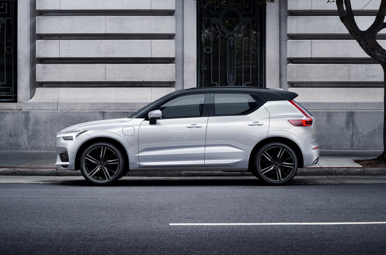 Volvo XC20 конкурирует с Audi Q2