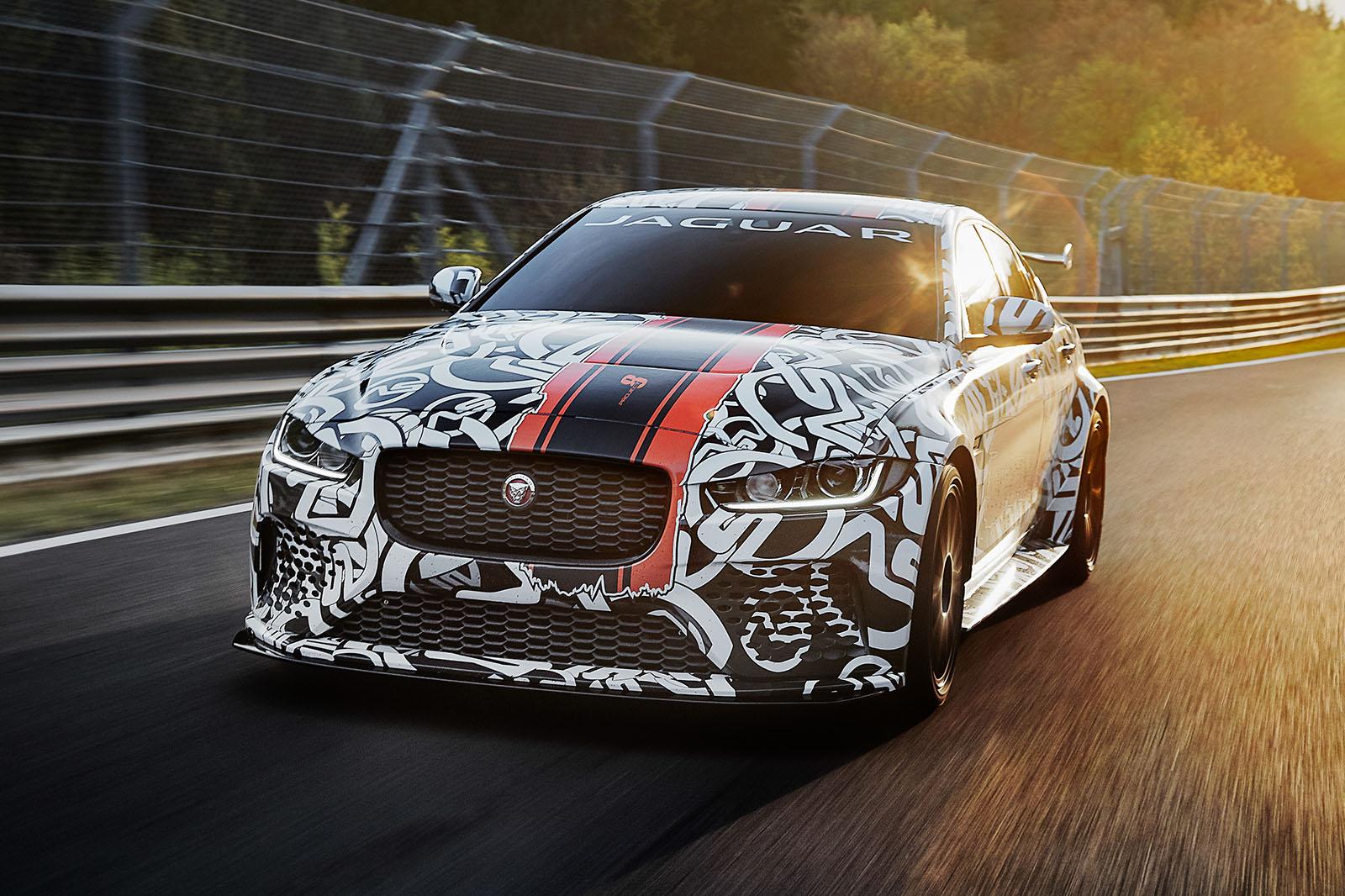 Новый Jaguar XE SV Project 8 — самая мощная дорожная модель бренда.
