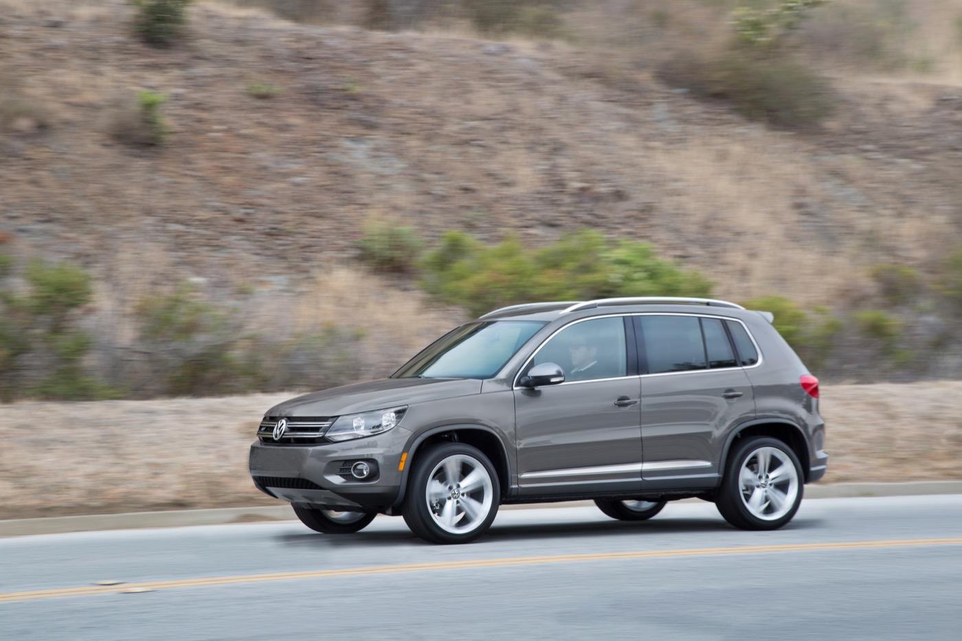 2018 Volkswagen Tiguan Limited — старый новый тигуан — получает дополнительные передачи, больше MPG