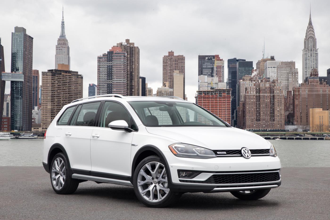 Никто не отстает от Outback: Volkswagen Golf Alltrack Sales Momentum уже замедляется, но итоговые результаты в гольф-вагоне