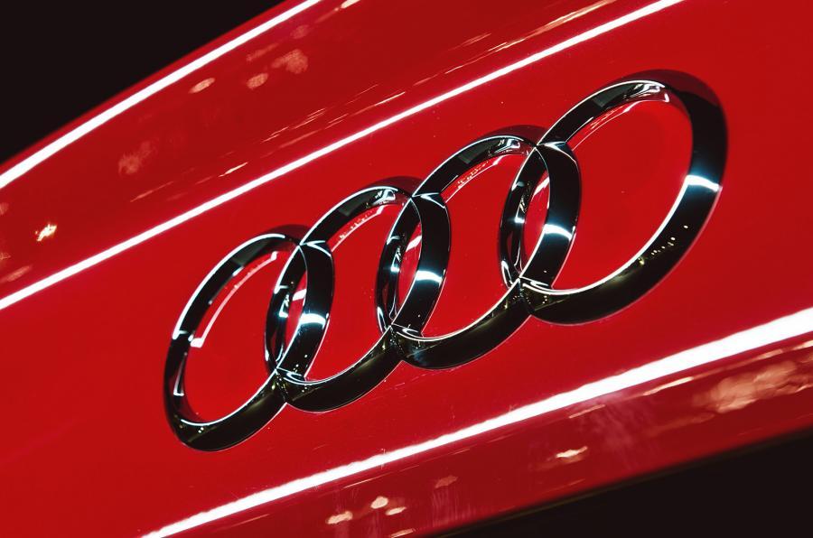 Audi обвиняется в новых выбросах, обманывающих A7 и A8