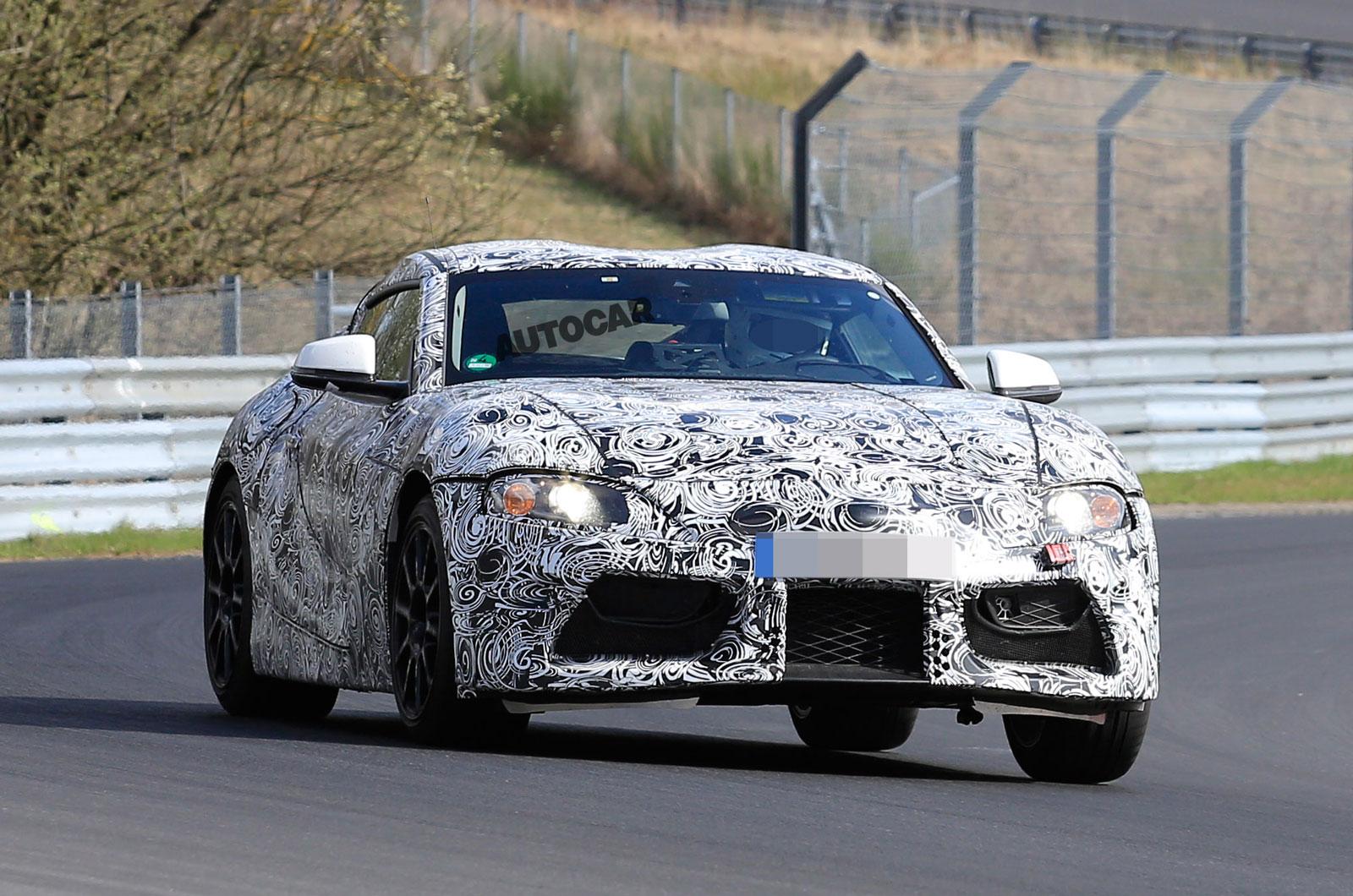 2017 Toyota Supra получит автоматическую коробку передач и электронику BMW