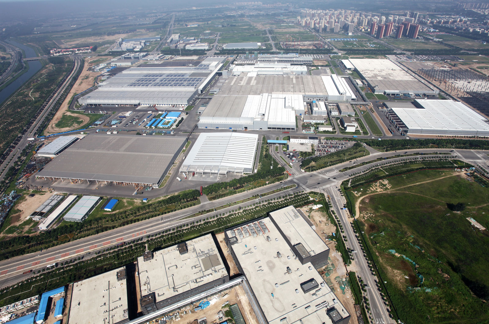 Завод по производству аккумуляторных батарей Daimler в Китае удовлетворит спрос на EV