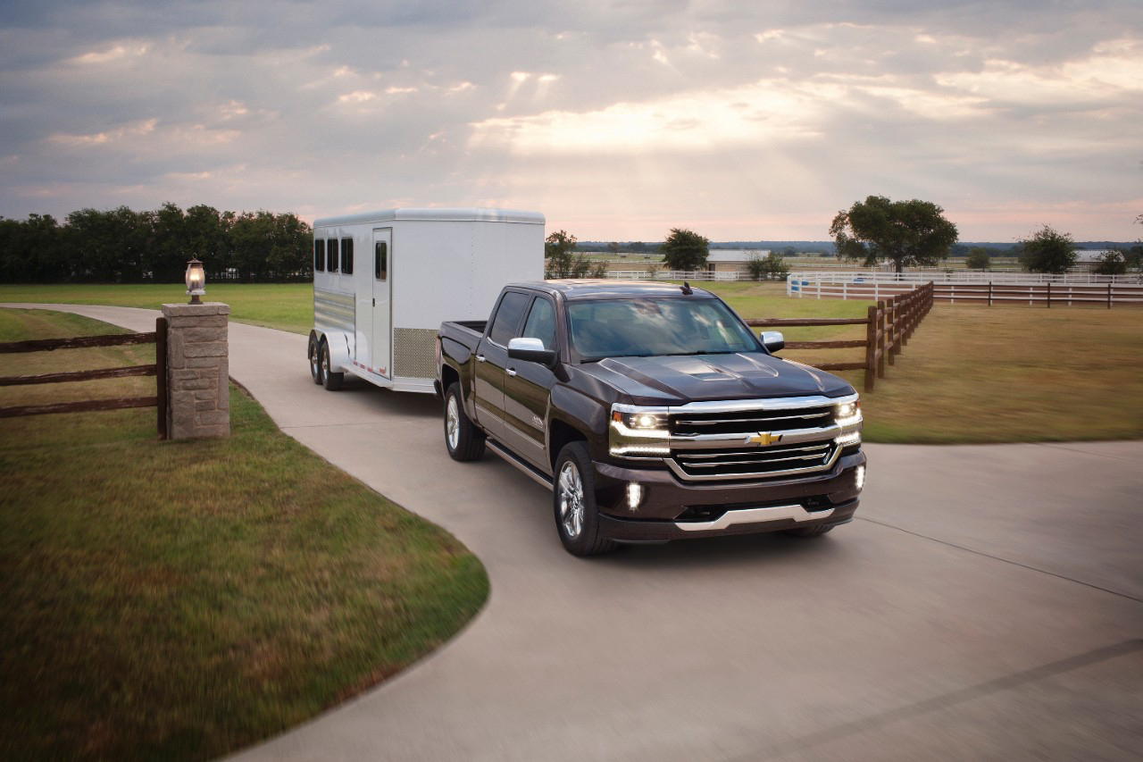 «Трехмесячная серия» Рама «Outselling» Chevrolet Silverado?