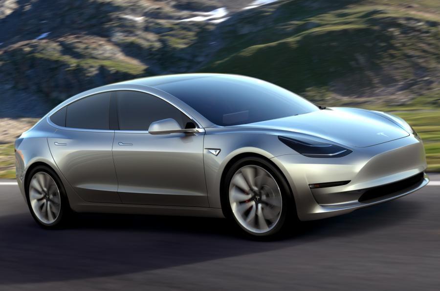 Первые поставки Tesla Model 3 начнутся в этом месяце