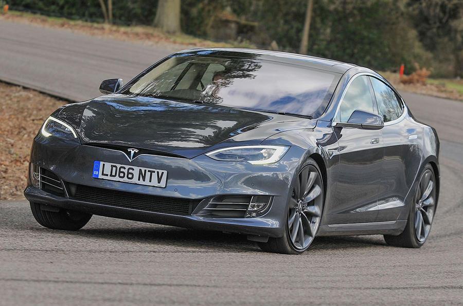 Модель Tesla S 75 начального уровня теперь может достигать 60 миль в час в 4.