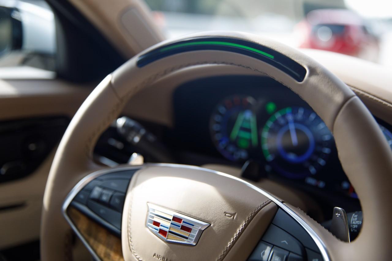 Cadillac меняет свою стратегию супер круиза, начинает кампанию в СМИ перед запуском