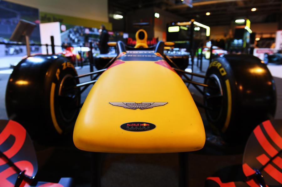 Новые версии двигателей F1 предложили сократить расходы и привлечь новых производителей