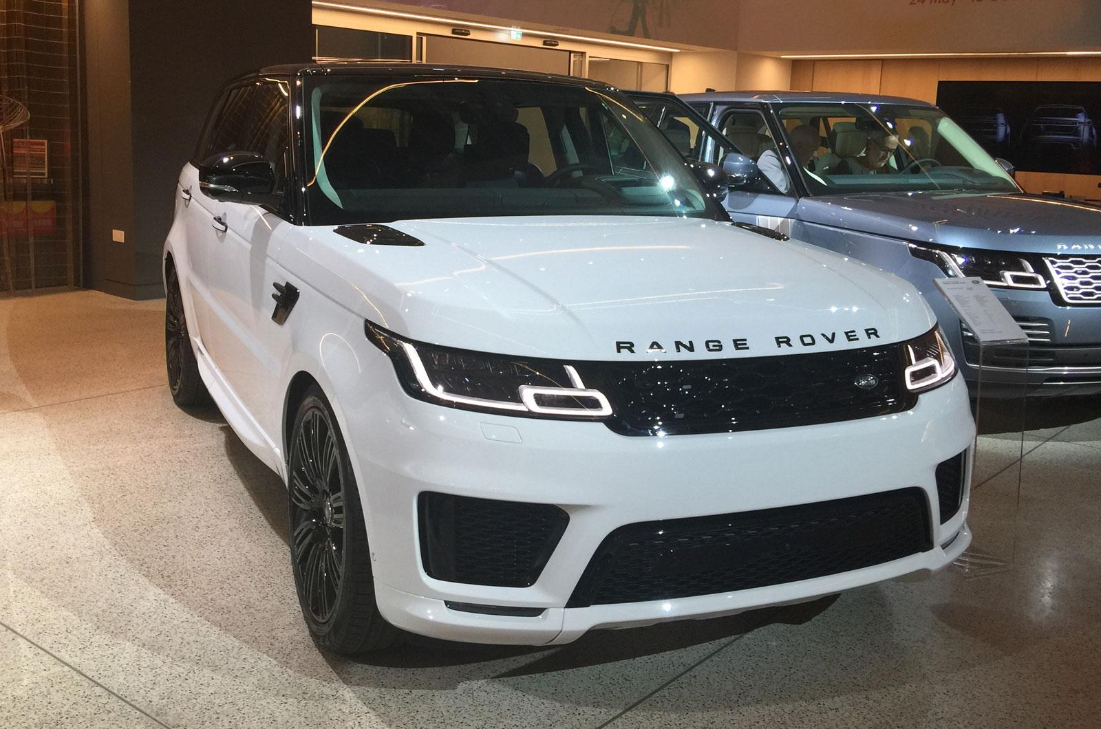 Новый Range Rover Sport впервые показан в металле