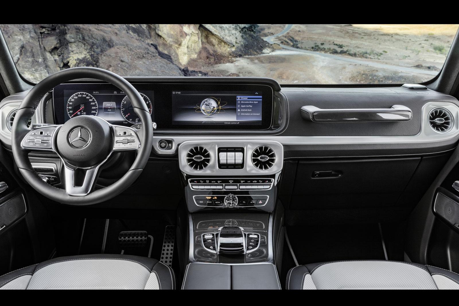 Интерьер Mercedes-Benz G-Class оказался впереди января