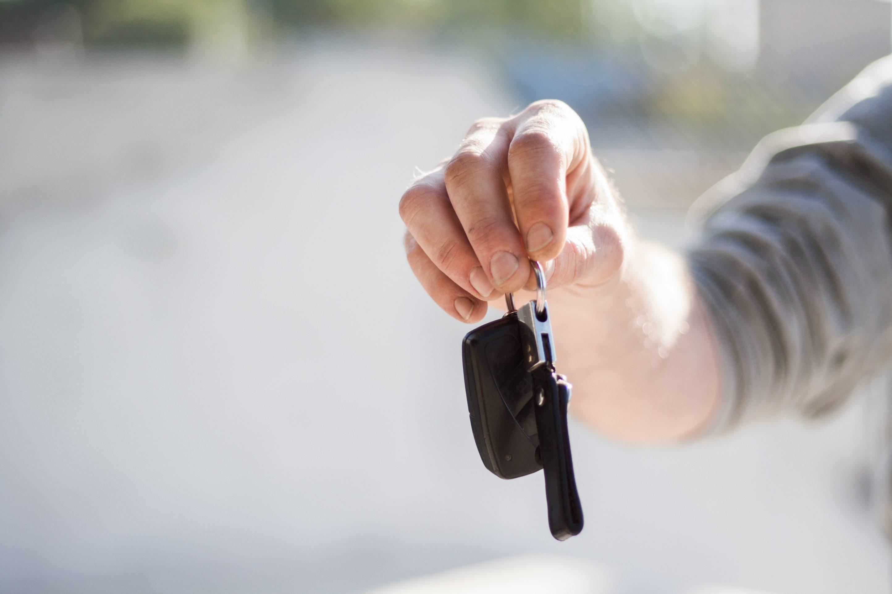 Дилеры, рассматривающие альтернативы автомобиля Loaner